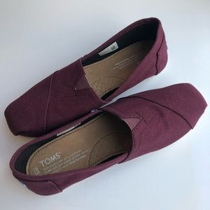 Toms original canvas shoe women's size 6.5 NWOB